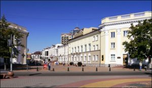 Брест, здание на Советской