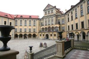 Несвижский замок внутренний двор