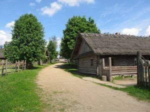 Дорога в Строчицах
