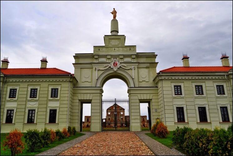 Замок Сапегов фотография 2
