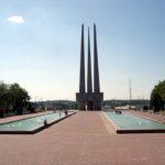 """Памятник """"Три штыка"""" в Витебске"""