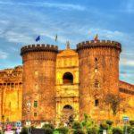 Стены замка в Италии