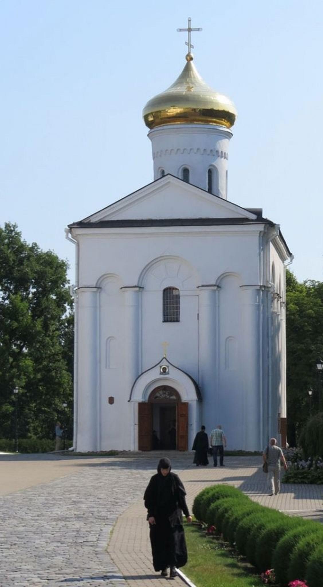 Церковь для которой был заказан напрестольный крест
