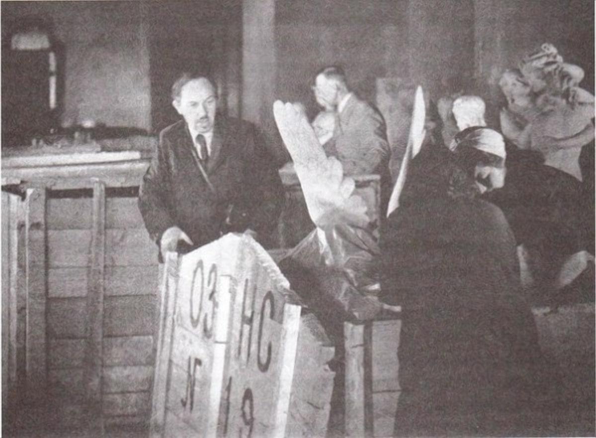 Эвакуация музеев во время войны