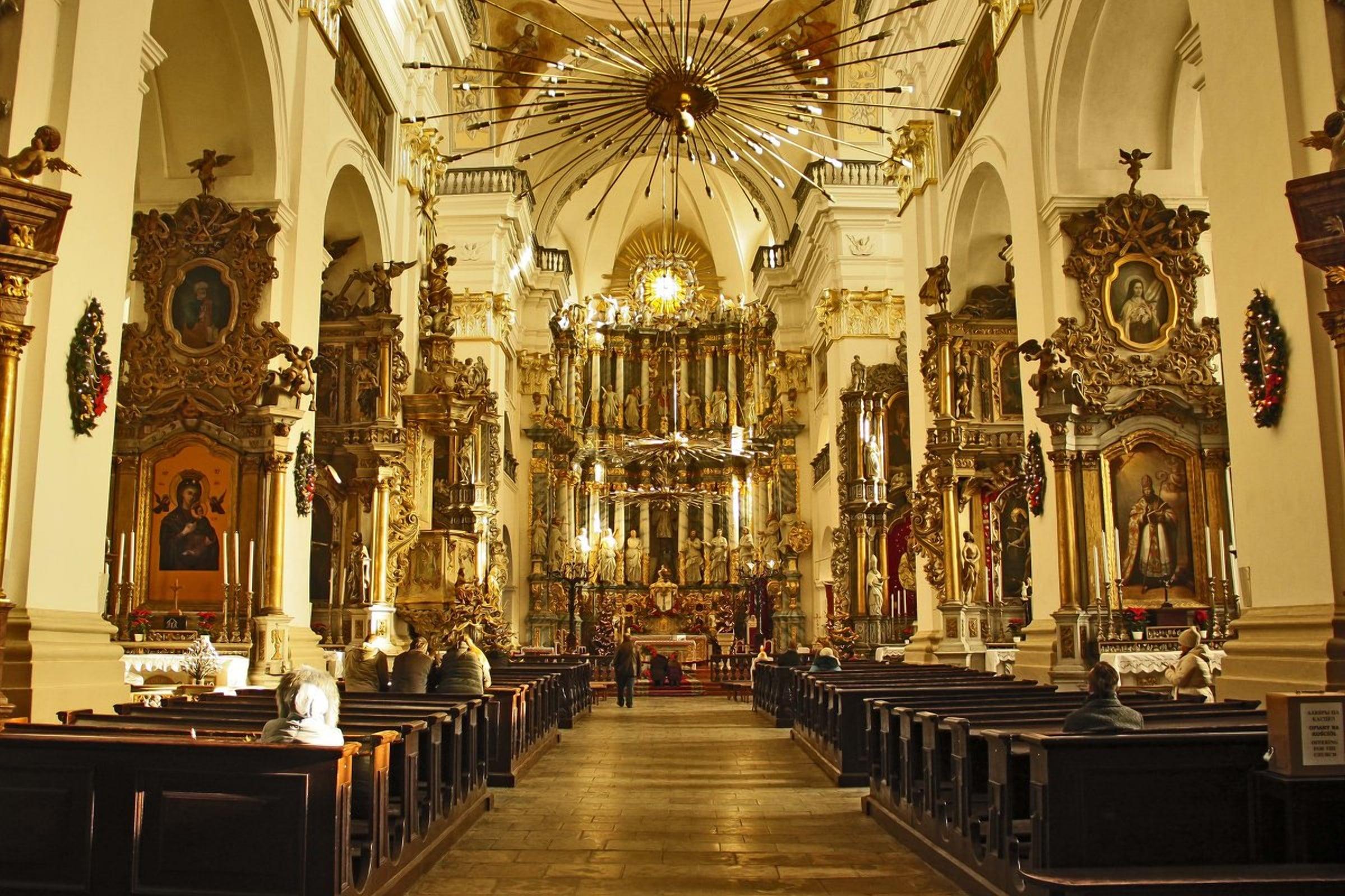 Королевская роскошь фарного костела в Гродно