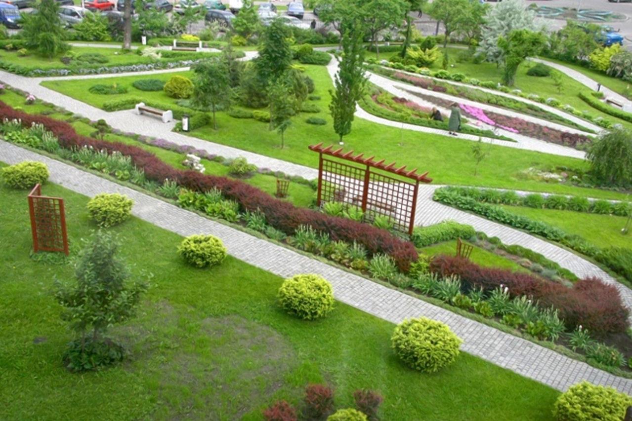 Сад непрерывного цветения в Бресте