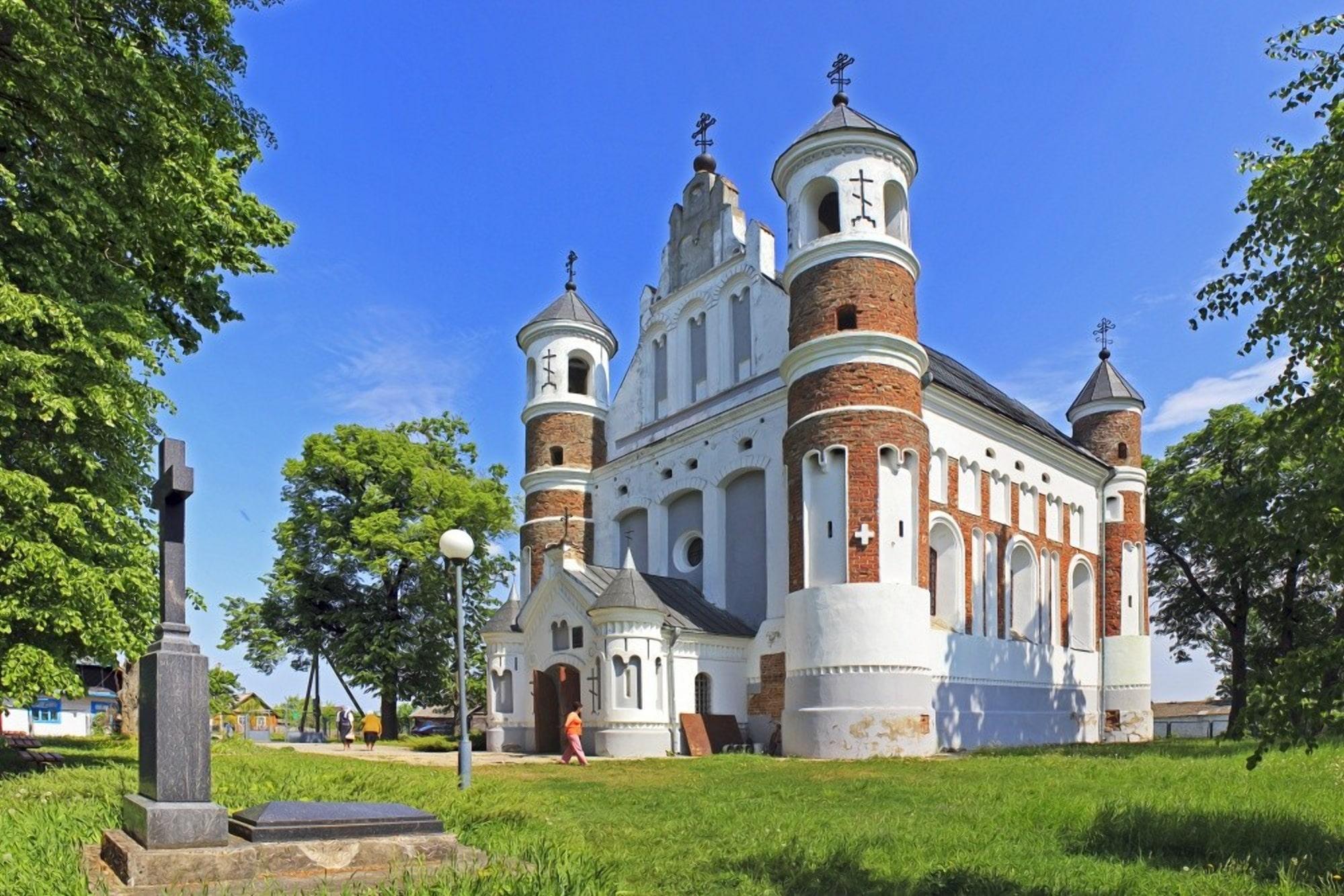Мурованка еще одна резиденция тамплиеров в Беларуси