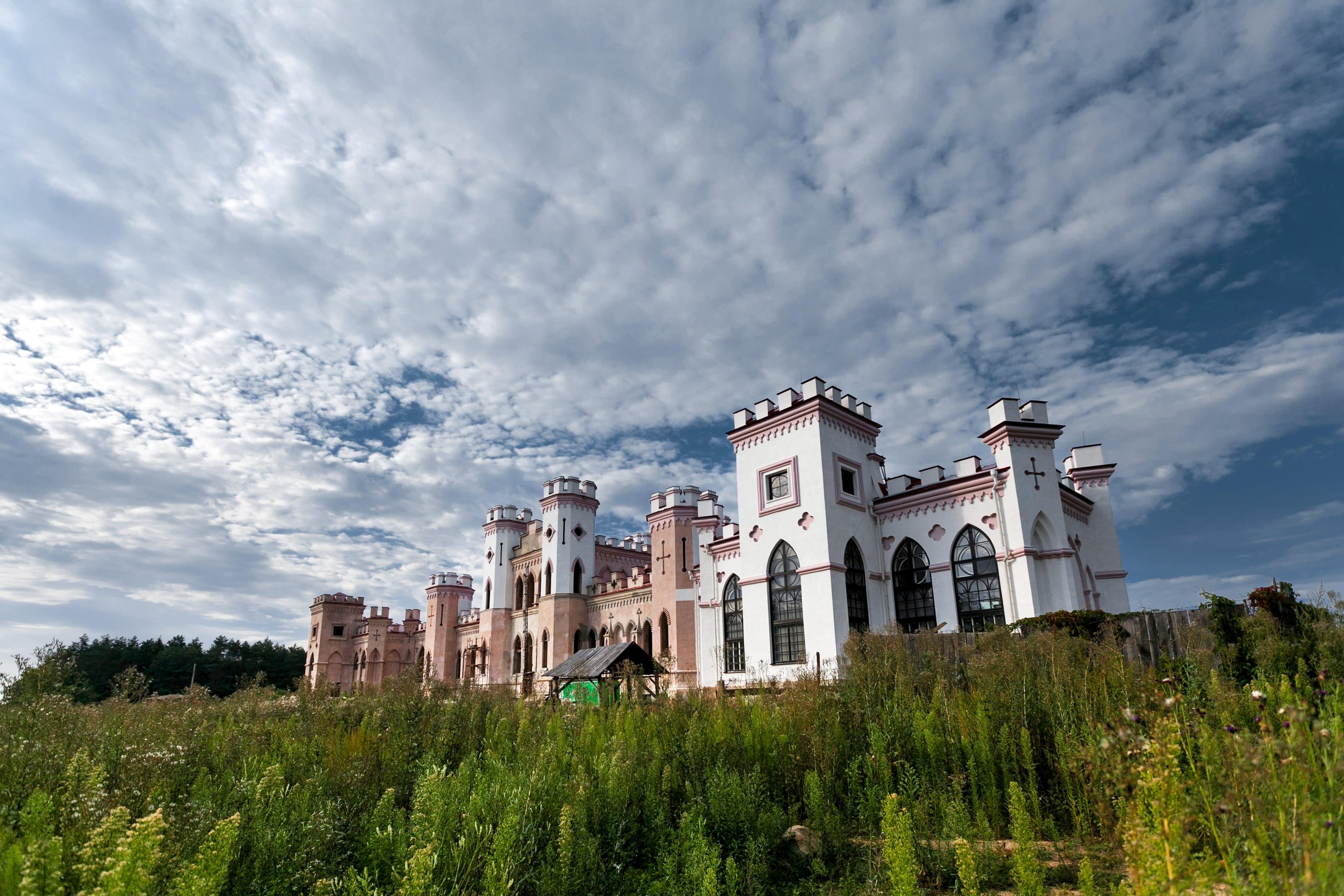 Коссовский замок-дворец