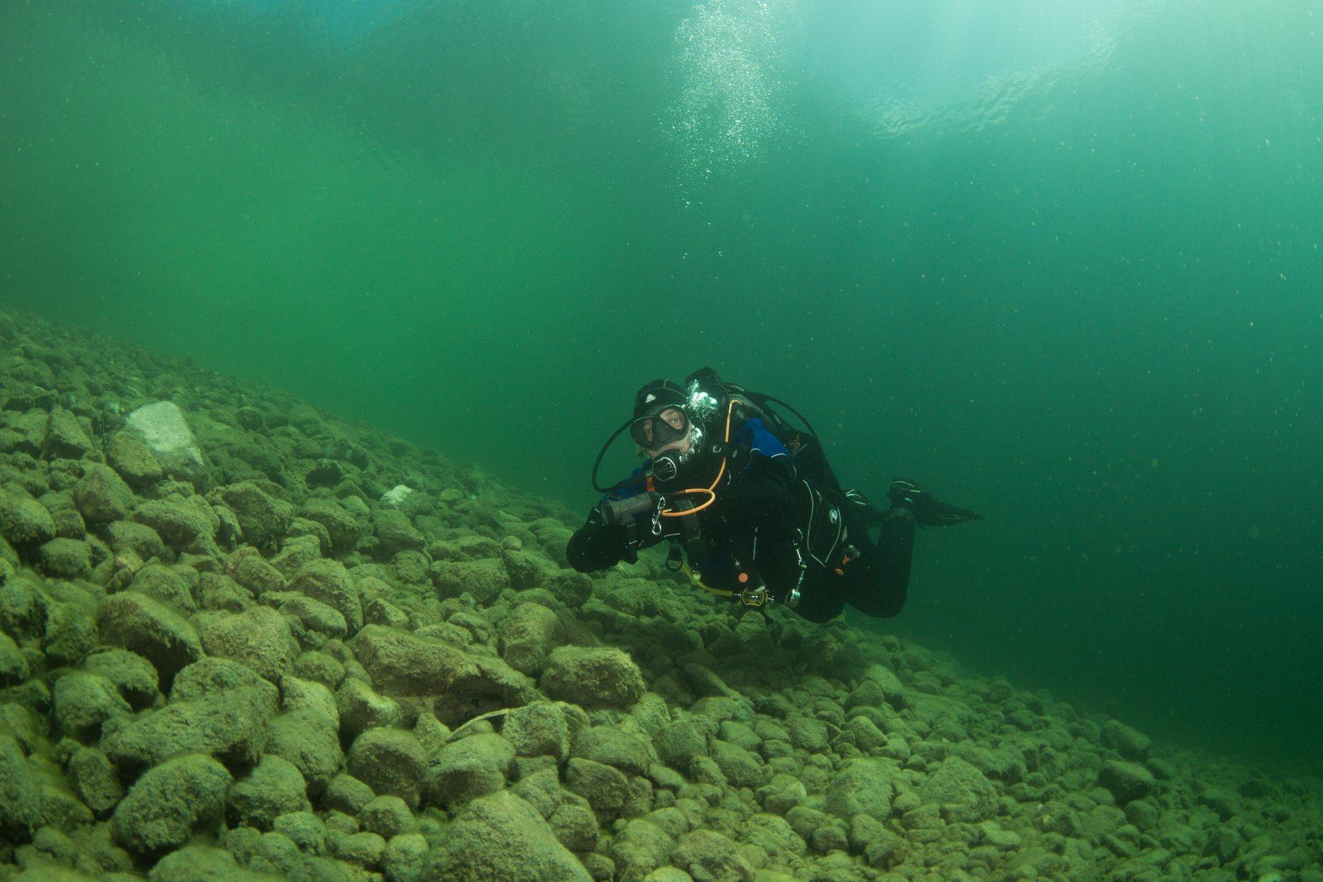 Подводная экспедиция на Свитязи ищет утонувший город