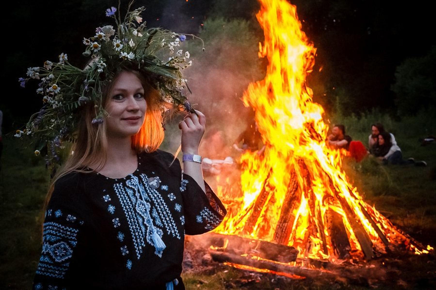 Мистика огня на Купалье