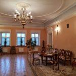 Зал в усадьбе Козел-Поклевских