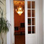 Люстра в КРичевском дворце