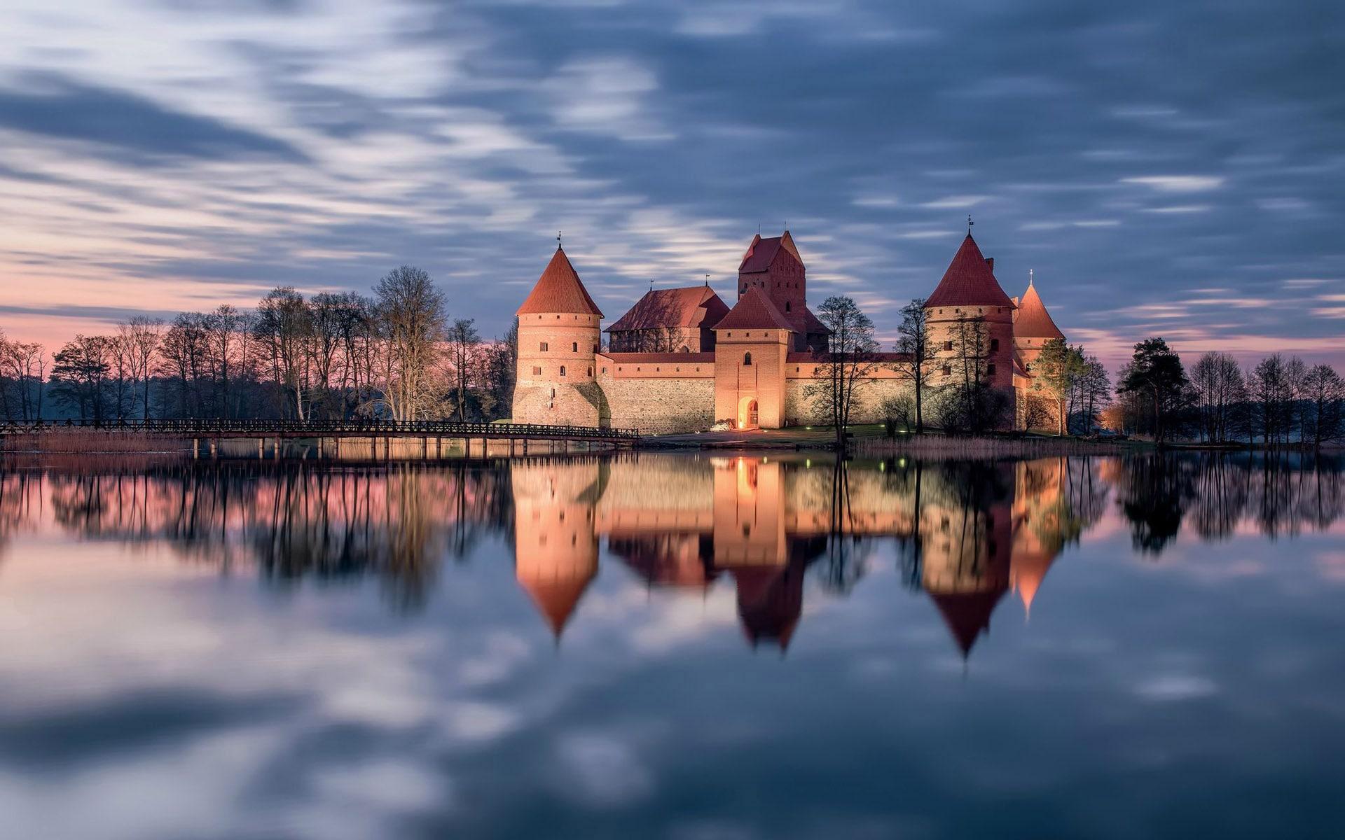 Замок в Троках - место первой встречи княжны Софьи и княжича Василия