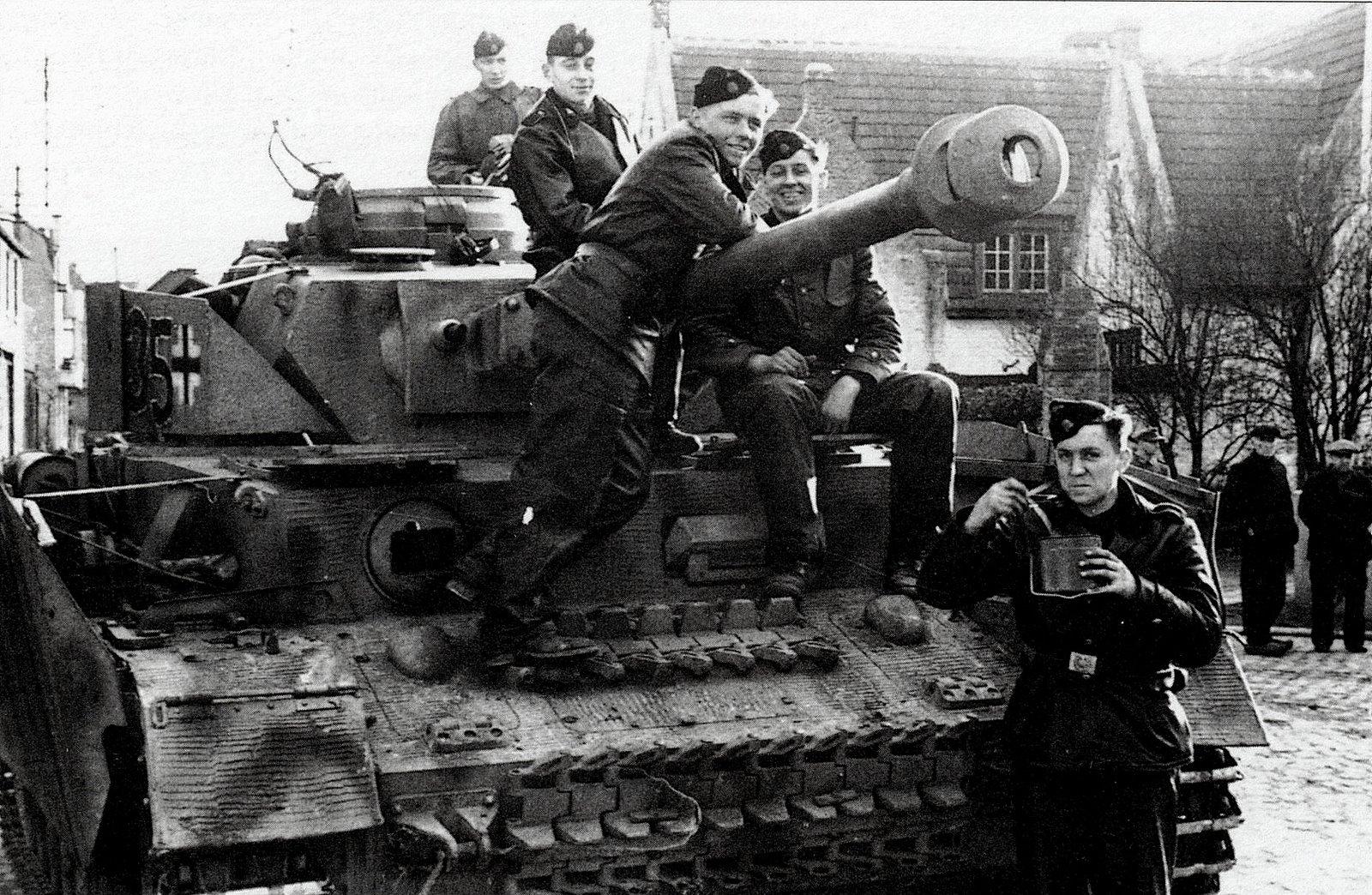 В 1944 году Гродненскую крепость штурмовали танки войск СС