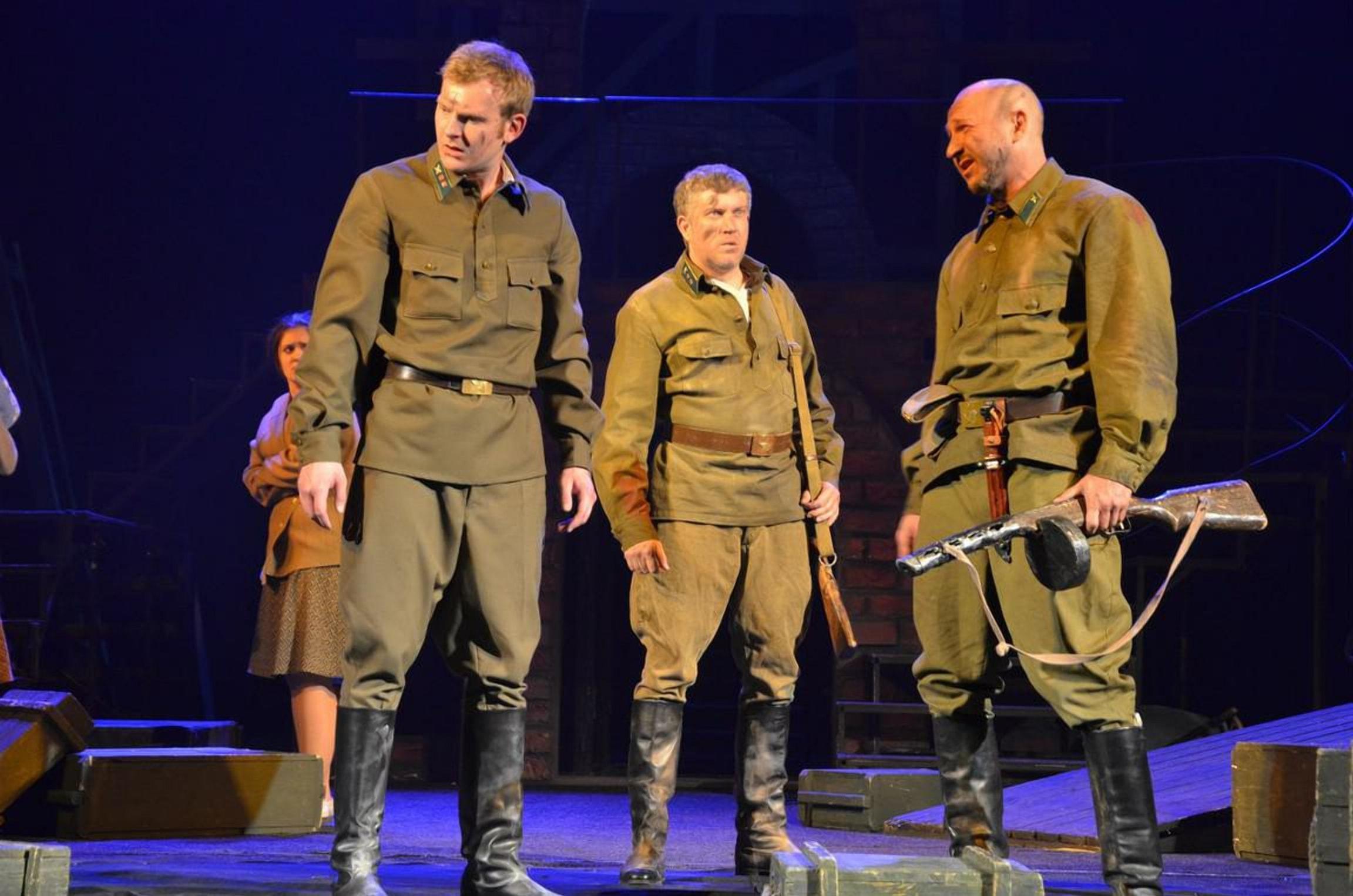Спектакль по пьесе Губаревича Брестская крепость