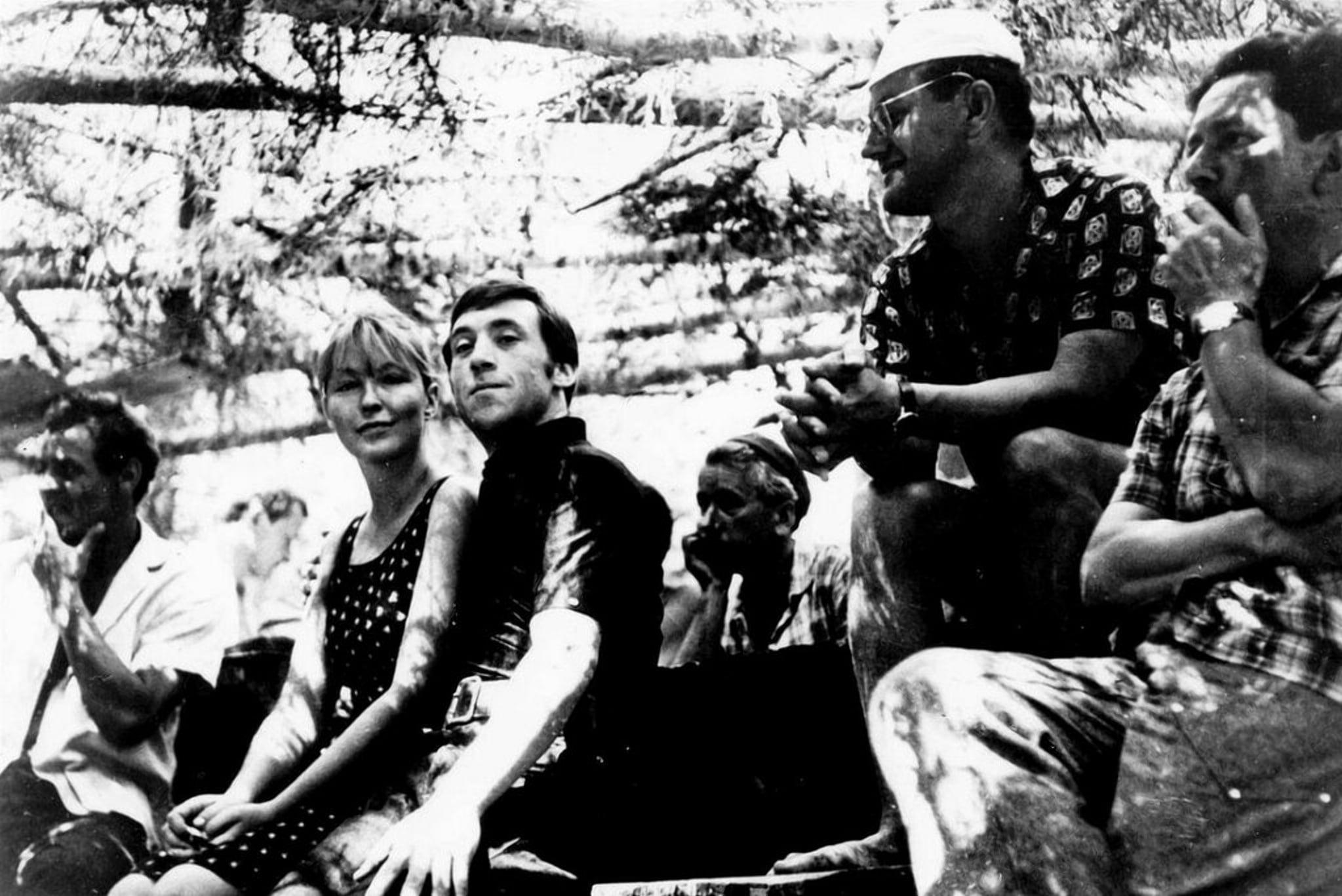 Владимир Высоцкий с Мариной Влади рядом с Алесем Адамовичем