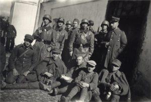 Резервисты из Бреста вместе с танкистами учебной роты