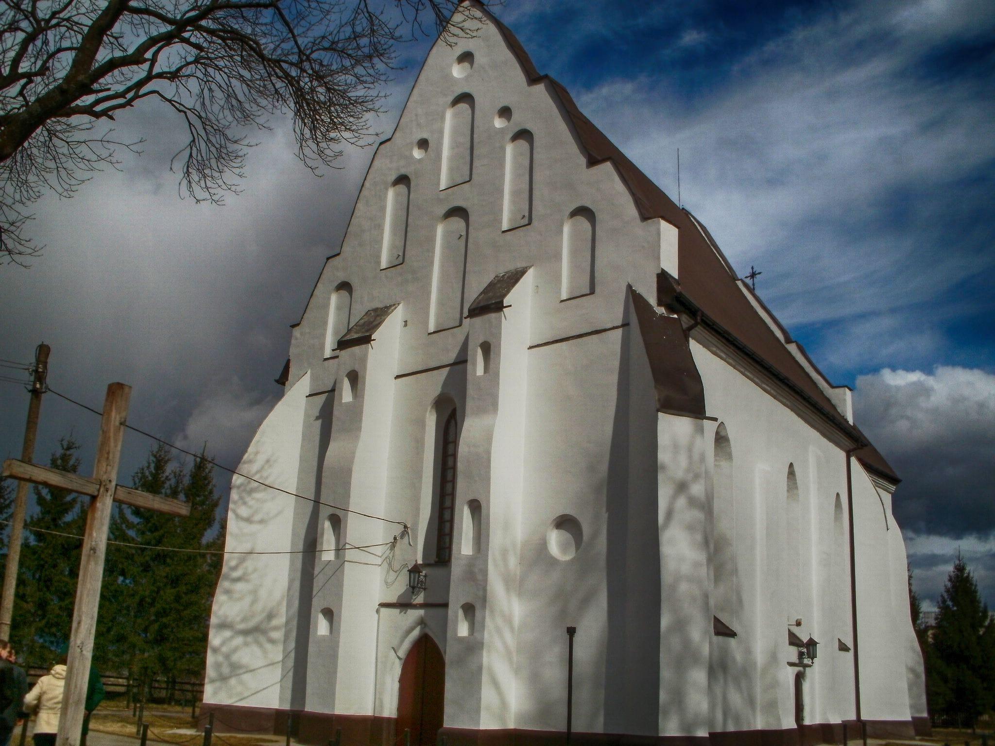 Старинный костел в Ишкольди