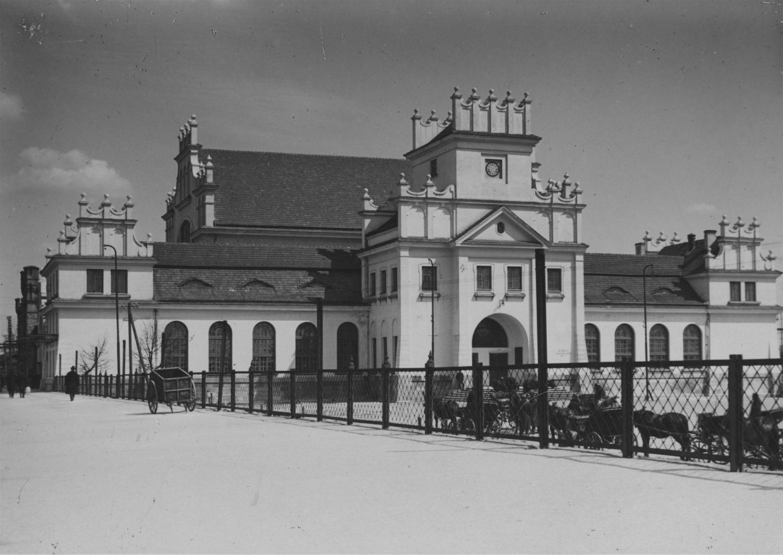 Брестский вокзал построен был поляками
