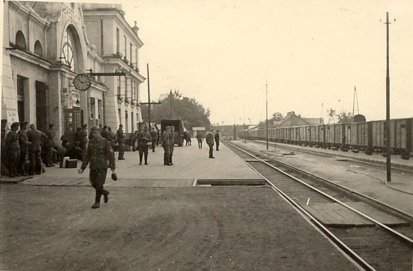 Германскому командованию вокзал нужен был целым