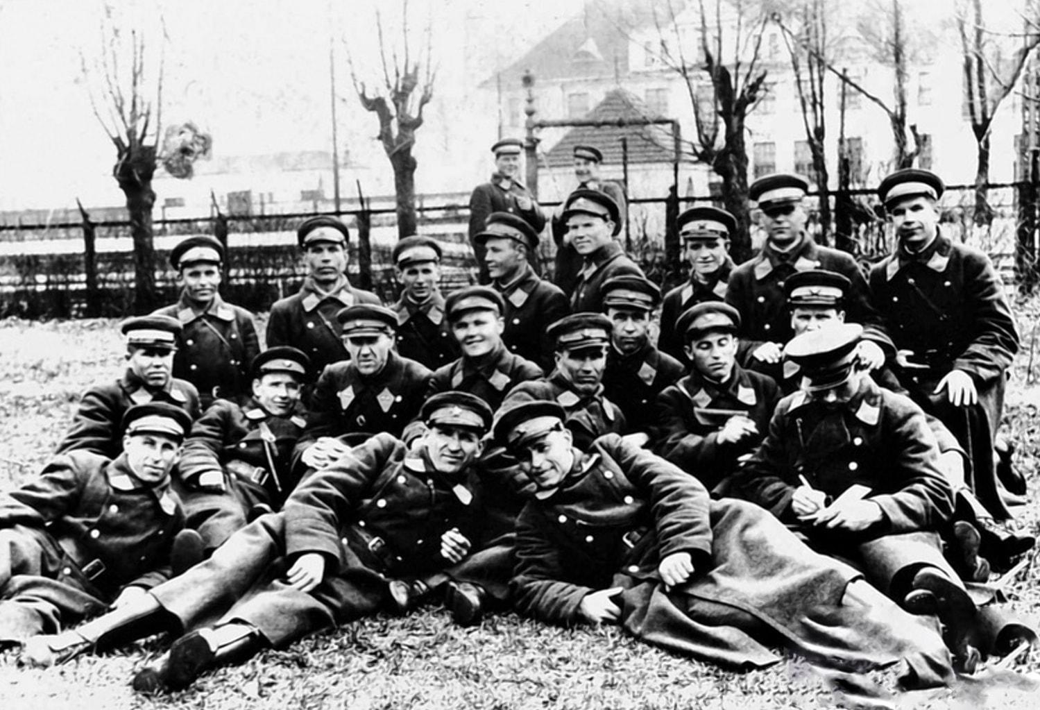 Младшие командиры Брестской железнодорожной милиции в 1941 году