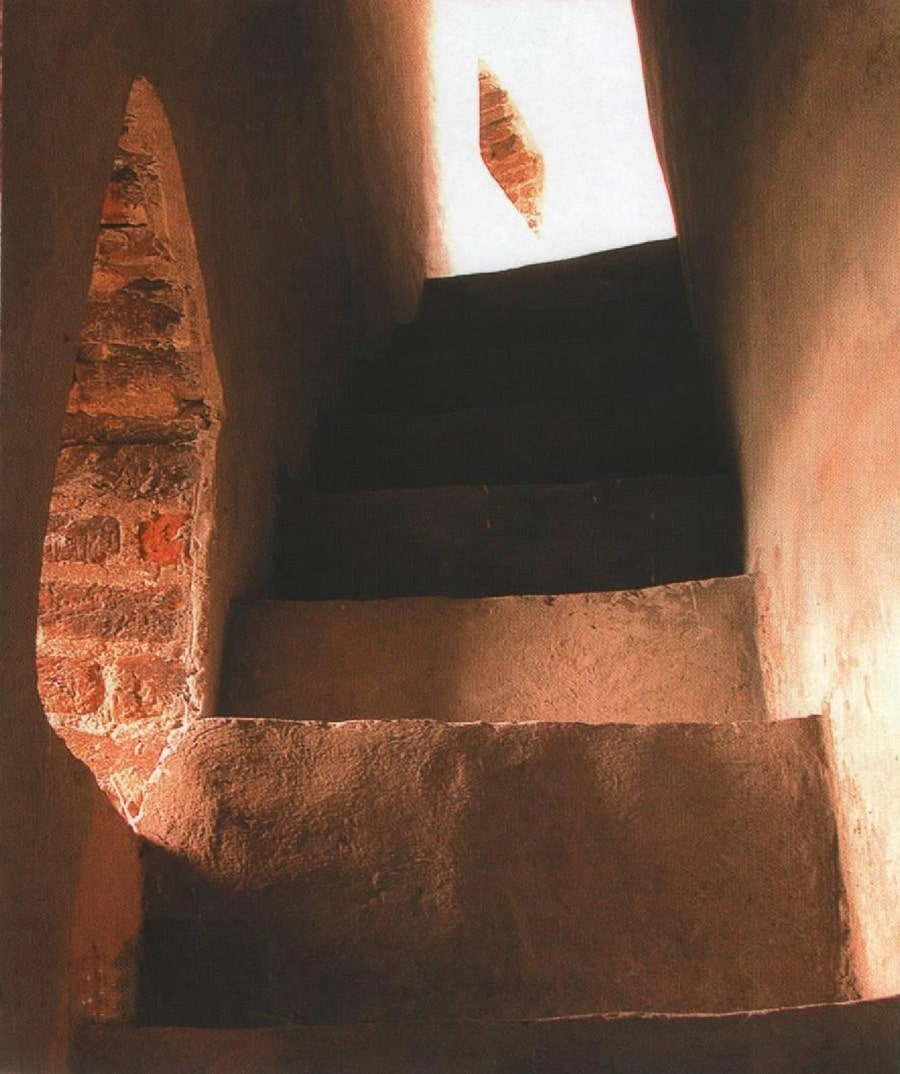 Гелю можно встретить в тайном ходе башни