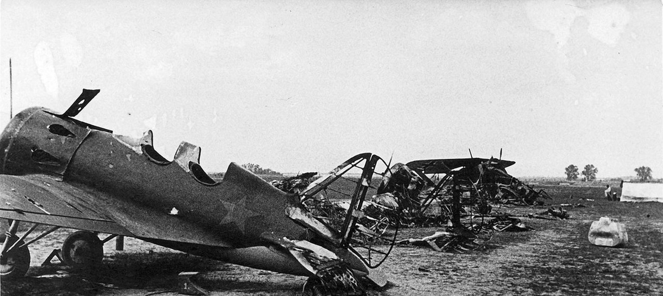 На аэродромах была уничтожена только часть машин