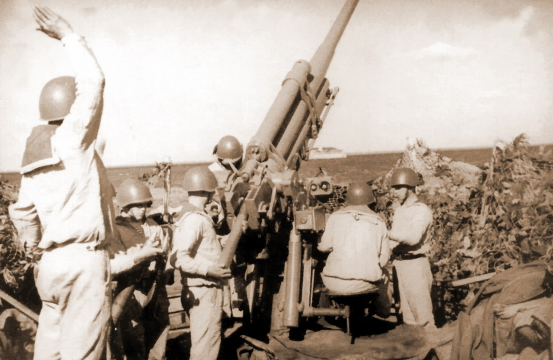 Краснофлотцы смогли отбить первый налет на Пинск