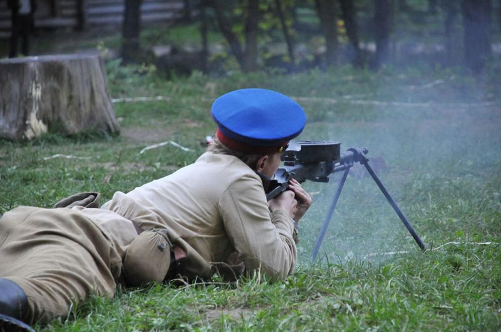 Ручные пулеметы НКВД не дали захватить тюрьму сходу