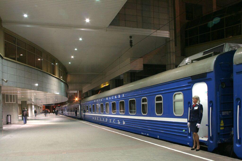 Возобновляется железнодорожное сообщение между РФ и Беларусью