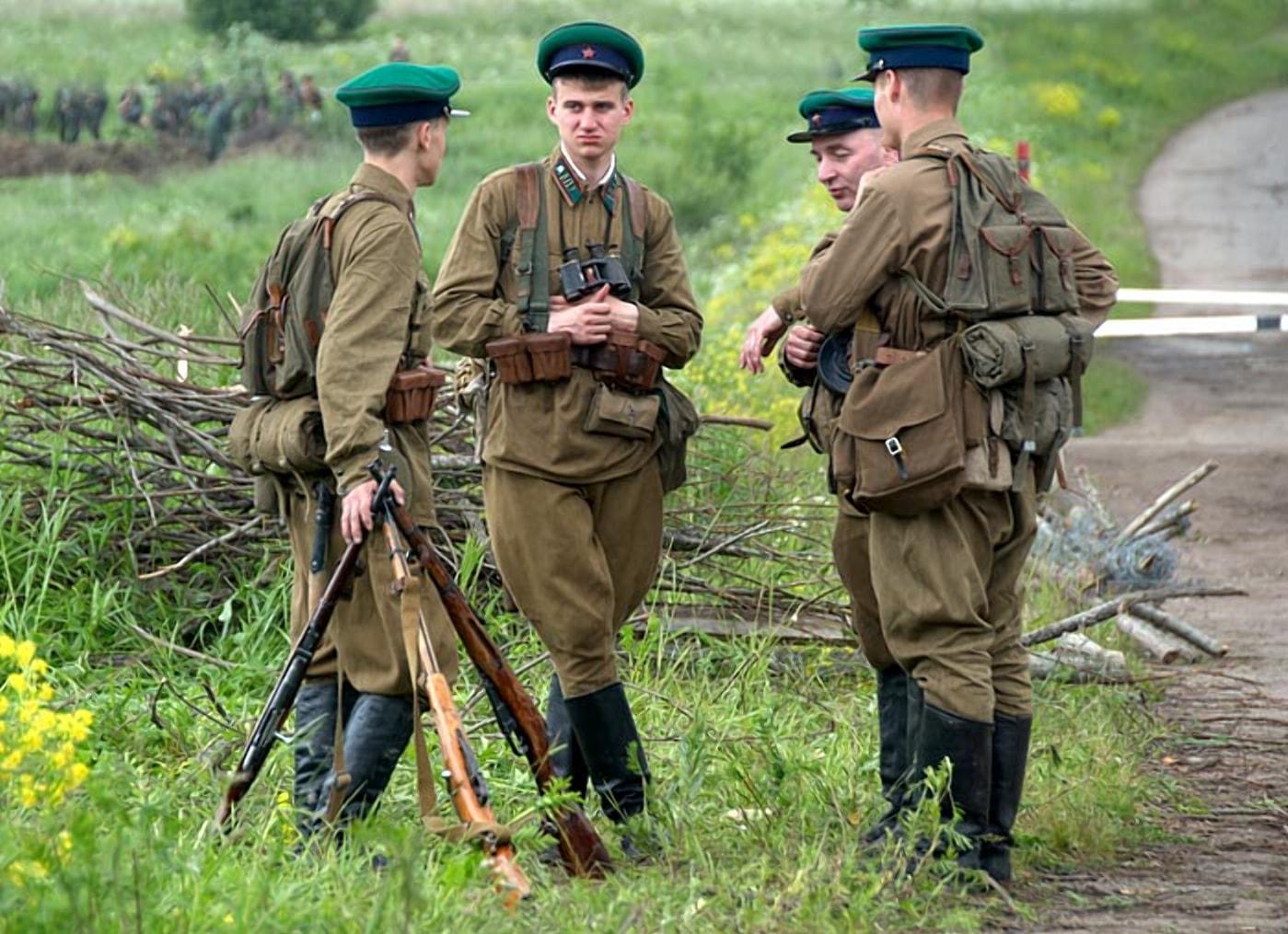 Пограничники воевали с первых часов войны