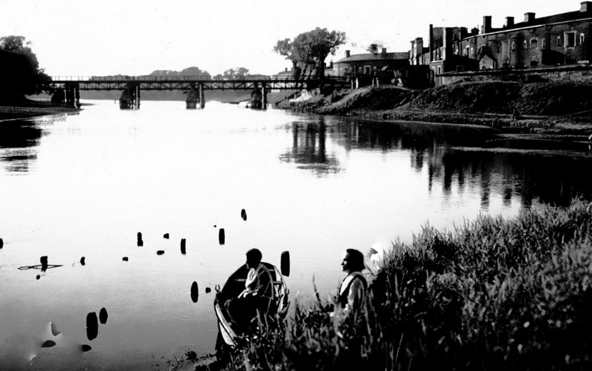 Утренняя рыбалка в Брестской крепости