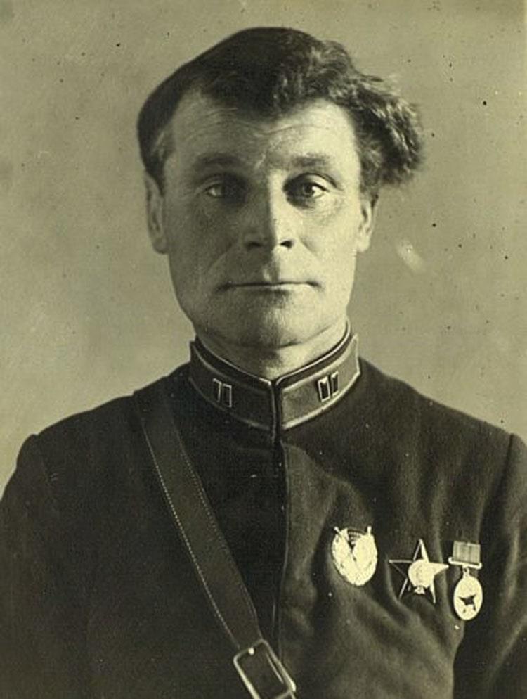 Майор Иван Плевако-командир единственного мотоциклетного полка армии