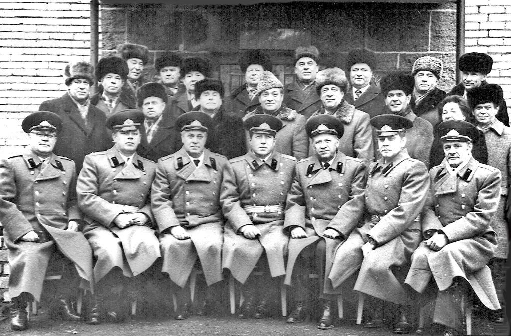 Ветераны Брестской крепости в 60-70 ые годы еще были живы и коммуникабельны