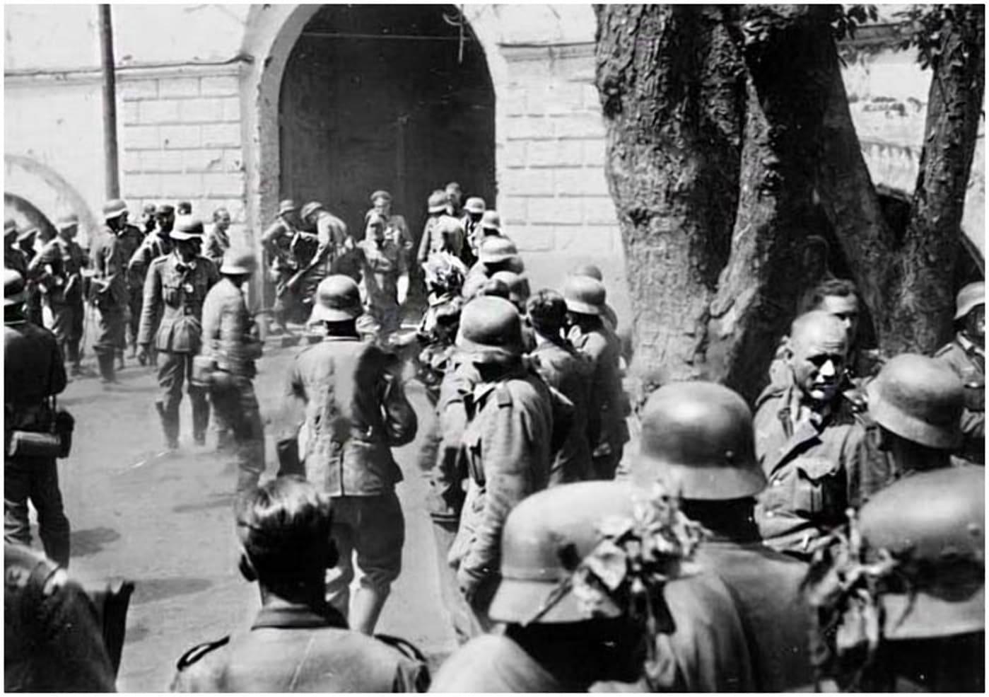 На любом из укреплений крепости немцев могла ждать подземная засада