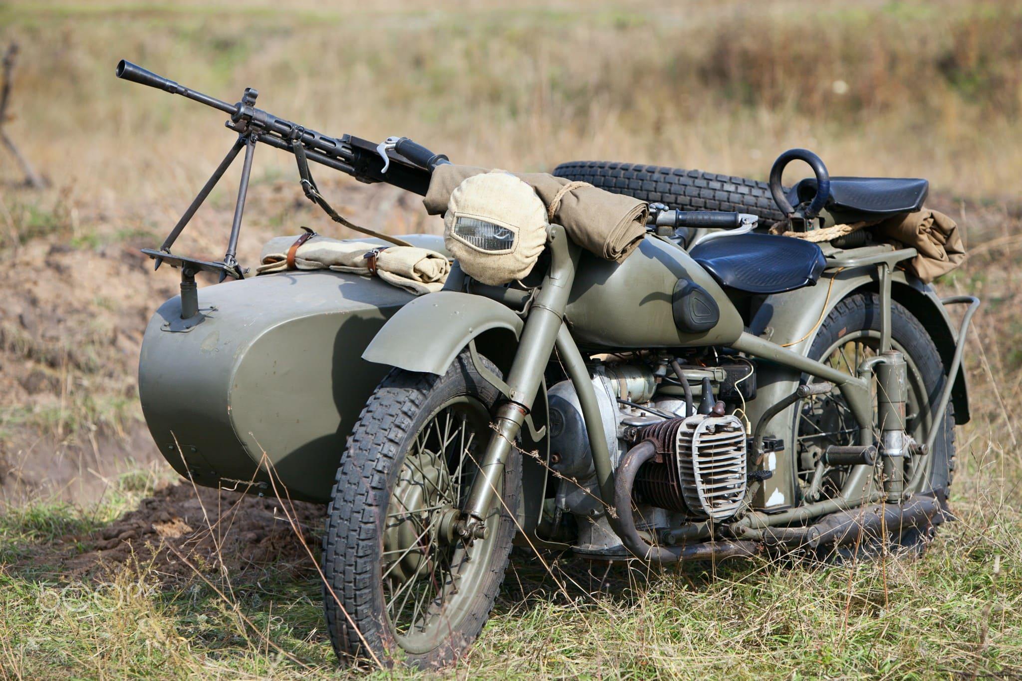 Несколько десятков тяжелых мотоциклов стали главной ударной силой
