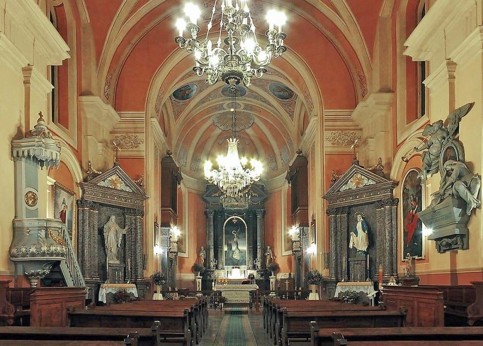 Старинное убранство Ружанского костела
