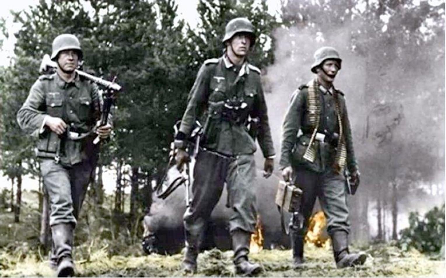 Немцы передвигались малыми боевыми группами