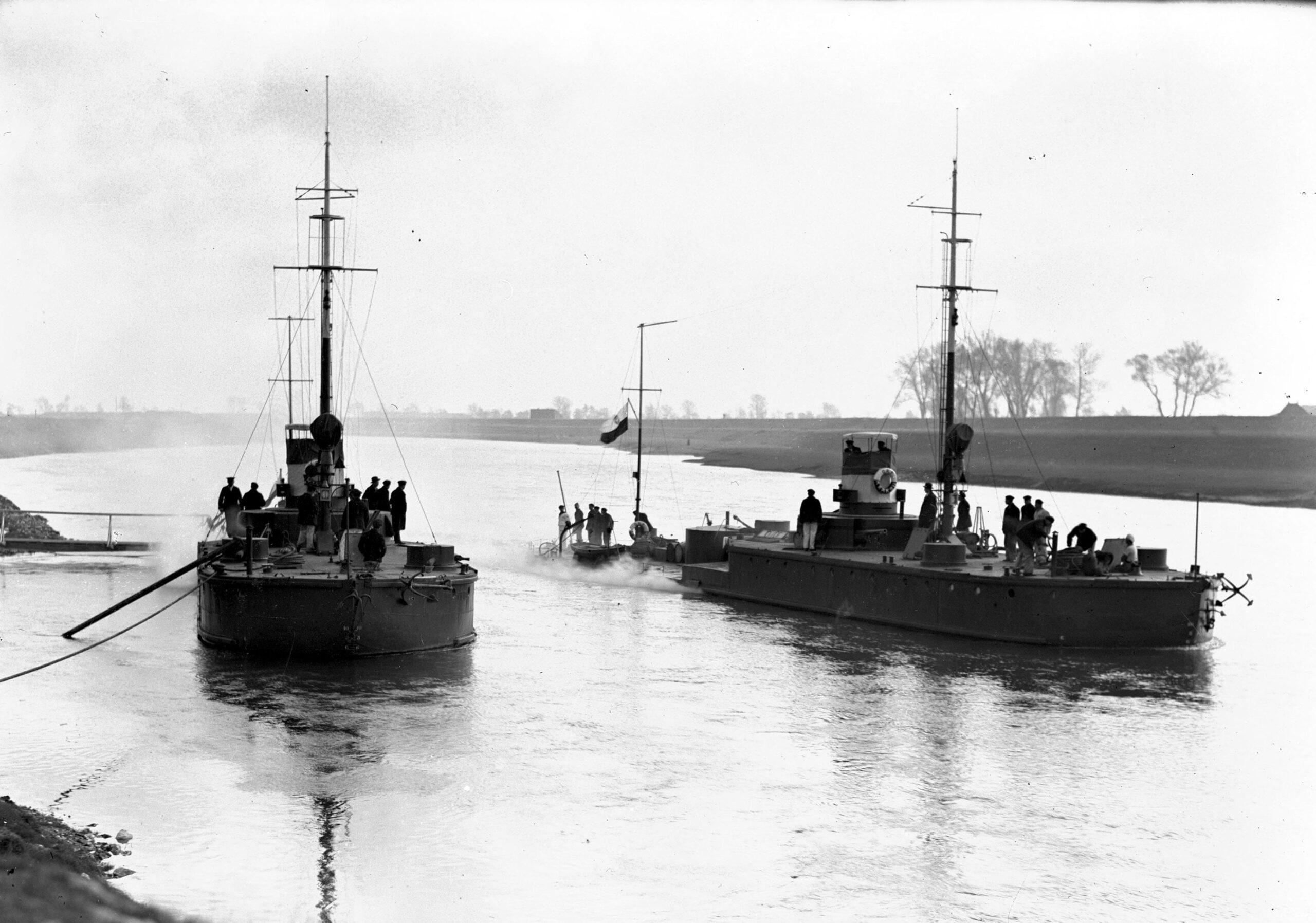 Пинская флотилия была создана при Польше