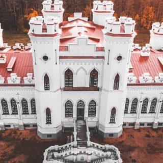 Отреставрированный коссовский замок