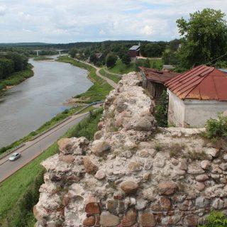 Начата реконструкция старого Замка