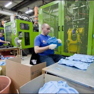 Процесс упаковки изделий