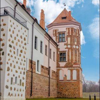 Мирский замок фотография