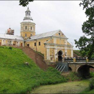 Несвижский замок центральный вход