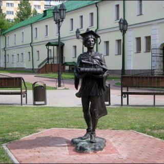 Статуя в Полоцке