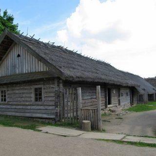 Дома в Строчицах