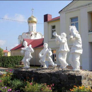 Скульптура в Турове